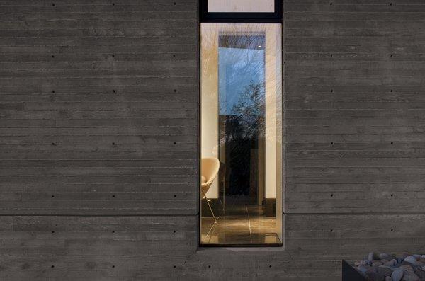 Photo 4 of Desert Residence modern home