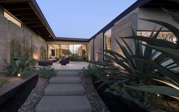 Photo 3 of Desert Residence modern home