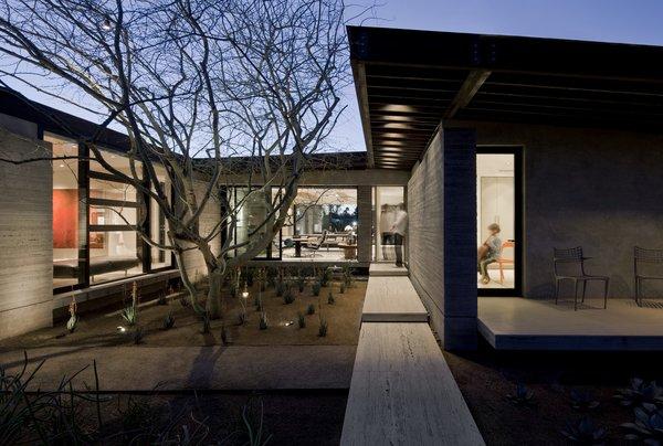 Photo 5 of Desert Residence modern home