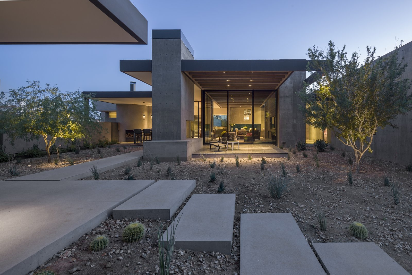 Tagged: Outdoor, Desert, and Concrete Patio, Porch, Deck. DLL 59 by TENNEN   STUDIO