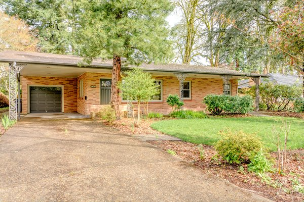 Mid-century brick home in McMinnville, OR. Built in 1952, the exterior is built in multi-color brick. Photo  of Chic Mid-Century in Oregon Wine Country modern home