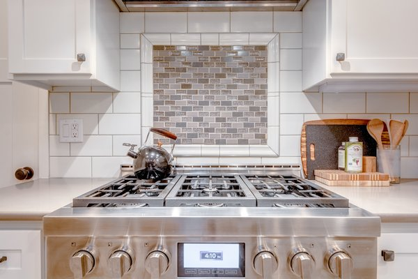Stainless 6-burner Jenn Air stove. Photo 6 of Chic Mid-Century in Oregon Wine Country modern home