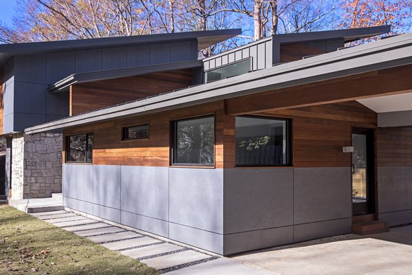An extension was added to the existing property Photo  of Kaufman modern home
