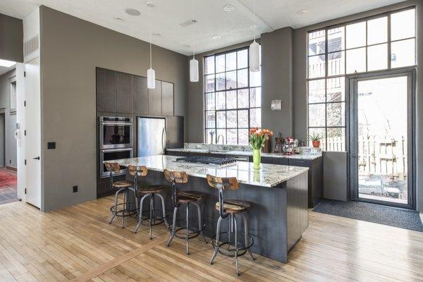 Atlanta Design Economy Credits  Renovation Architect: BLDGS Photo  of Mifflin Hood modern home
