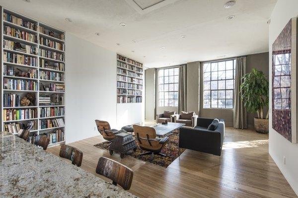 Atlanta Design Economy Credits  Renovation Architect: BLDGS Photo 2 of Mifflin Hood modern home