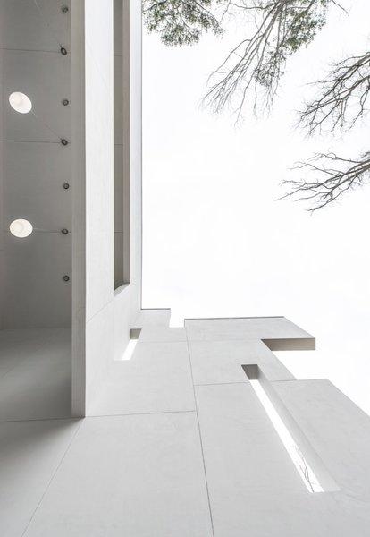 Atlanta Design Economy Credits  Architecture: J. A. Coutinho + M. P. Landry Architecture General Contractor: M. P. Landry Architecture Photo 3 of House 5079 modern home