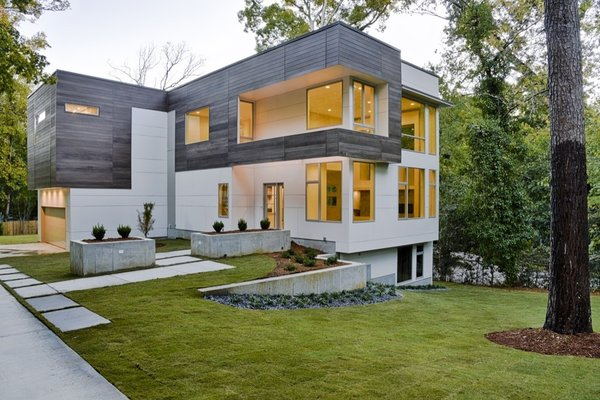 Atlanta Design Economy Credits  Architecture: Axios Architecture LLC General Contractor: HR Construction Photo  of Rock Springs modern home