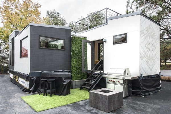 Atlanta Design Economy Credits  Architecture: Jeffrey Bruce Baker Hard surface and cladding material manufacturer: Neolith Photo 5 of Neolith Tiny House modern home