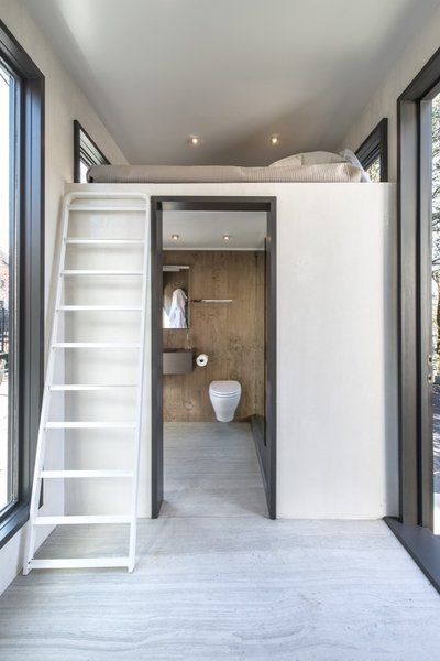 Atlanta Design Economy Credits  Architecture: Jeffrey Bruce Baker Hard surface and cladding material manufacturer: Neolith Photo 6 of Neolith Tiny House modern home