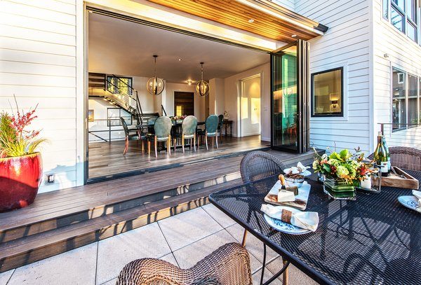 Photo  of Bellevue Modern Farmhouse modern home