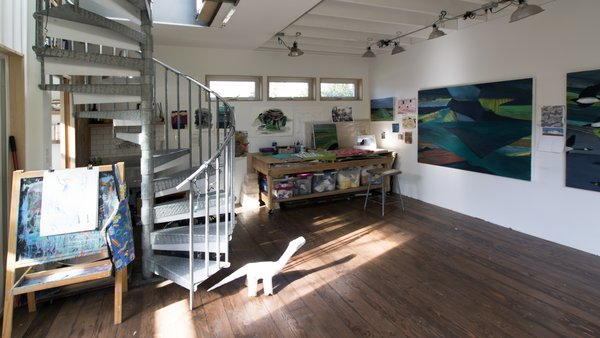Photo  of Artist's Studio modern home