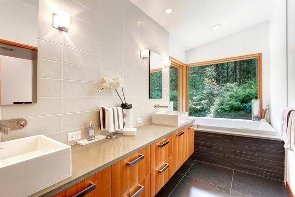 Photo 7 of Harbinger House modern home