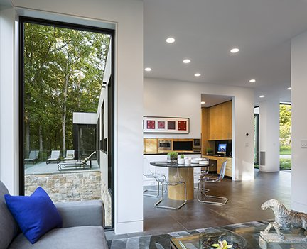 Art House 2.0 Interior: Family Room, Dining Room, Kitchen, Patio  Art House 2.0 by Carol Kurth Architecture