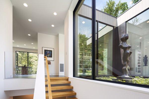 Art House 2.0 Interior: Stairway, Sculpture Garden Photo 6 of Art House 2.0 modern home