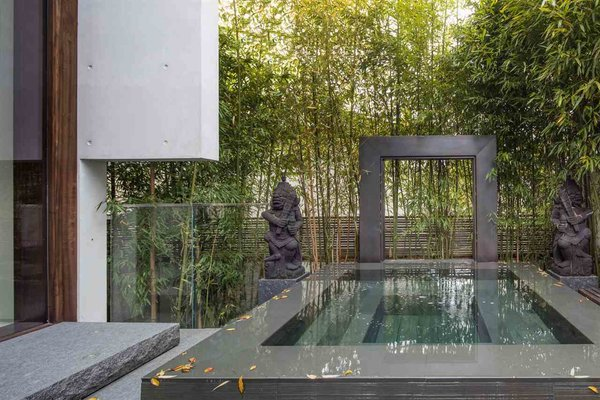 The fountain with Hindu scriptures  Photo 12 of The Floating House modern home