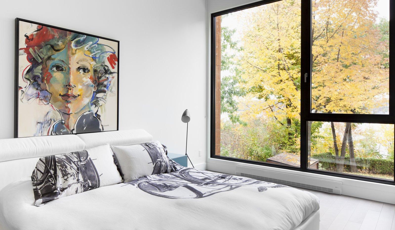 Bedroom at Rue de l'Anse residence - PARKA Architecture & Design - Quebec city, Canada  Rue de l'Anse residence by PARKA - Architecture & Design