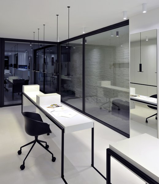 office Photo 3 of Huis Pauwels Spaenjers modern home