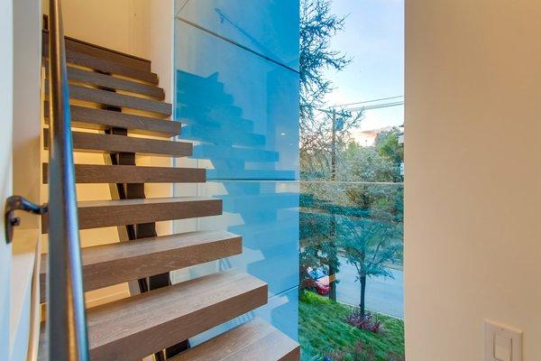 Photo 18 of 940 Burleigh Drive, Giang Hoang 2017 modern home