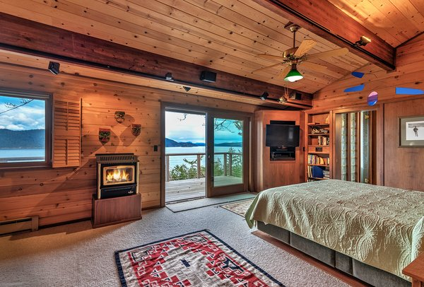 Spacious Master Bedroom with Private Deck Photo 8 of Sea Oaks: Private Gated Compound on 4+ Acres modern home