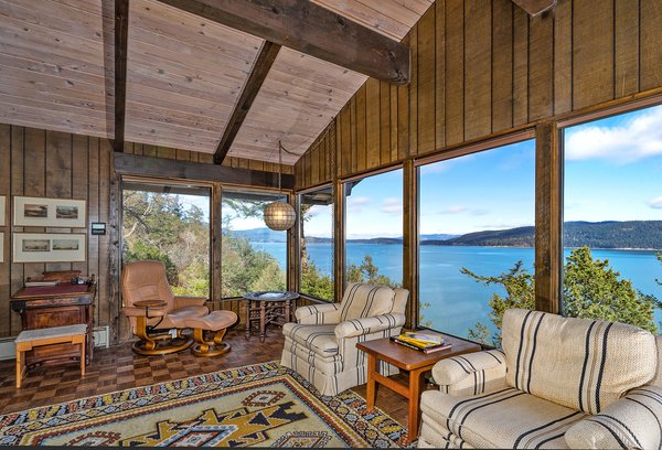 Bridge House Living Room Photo 12 of Sea Oaks: Private Gated Compound on 4+ Acres modern home