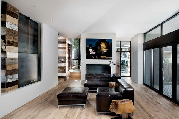 Photo 4 of Pyrite House modern home