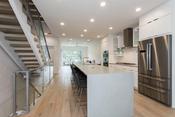 6 Person Kitchen Island. Photo 7 of LIV233 modern home