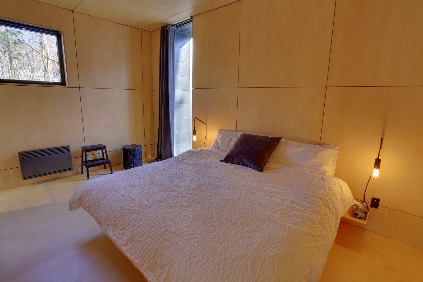 Bedroom  SHAK Cottages by Martin Delisle