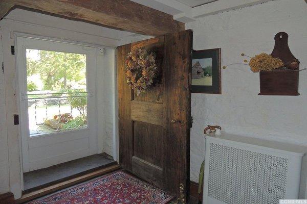 Photo 3 of Oriskatach, The Gerrit Van Zandt House built in 1755 modern home