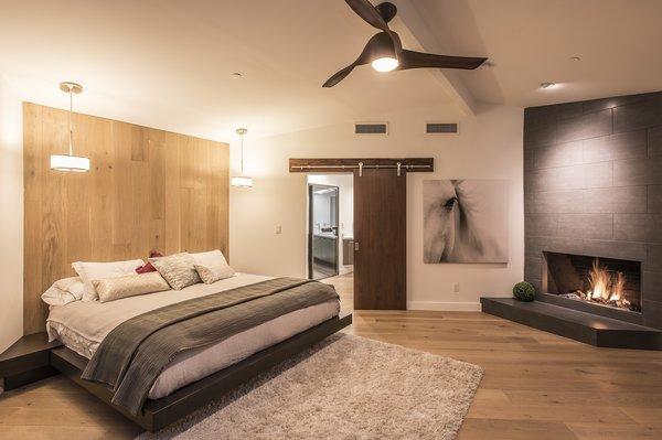 Hi-Lob Residence | Nuria Pla Studio Photo 13 of Hi-Lob Residence modern home