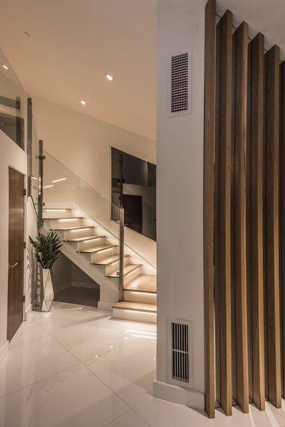 Hi-Lob Residence | Nuria Pla Studio Photo 12 of Hi-Lob Residence modern home