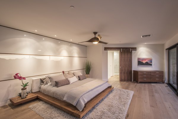 Hi-Lob Residence | Nuria Pla Studio Photo 6 of Hi-Lob Residence modern home