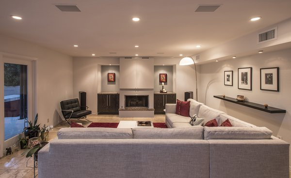 Modern renovation in Phoenix Photo 7 of Vermont Residence modern home