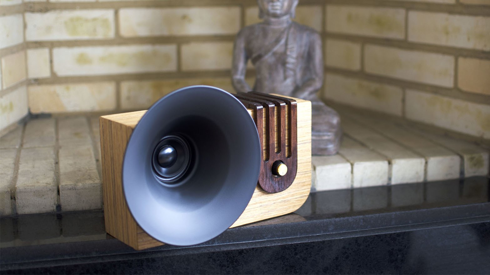 Photo 1 of 4 in The Bluetooth Sound Machine · Edison