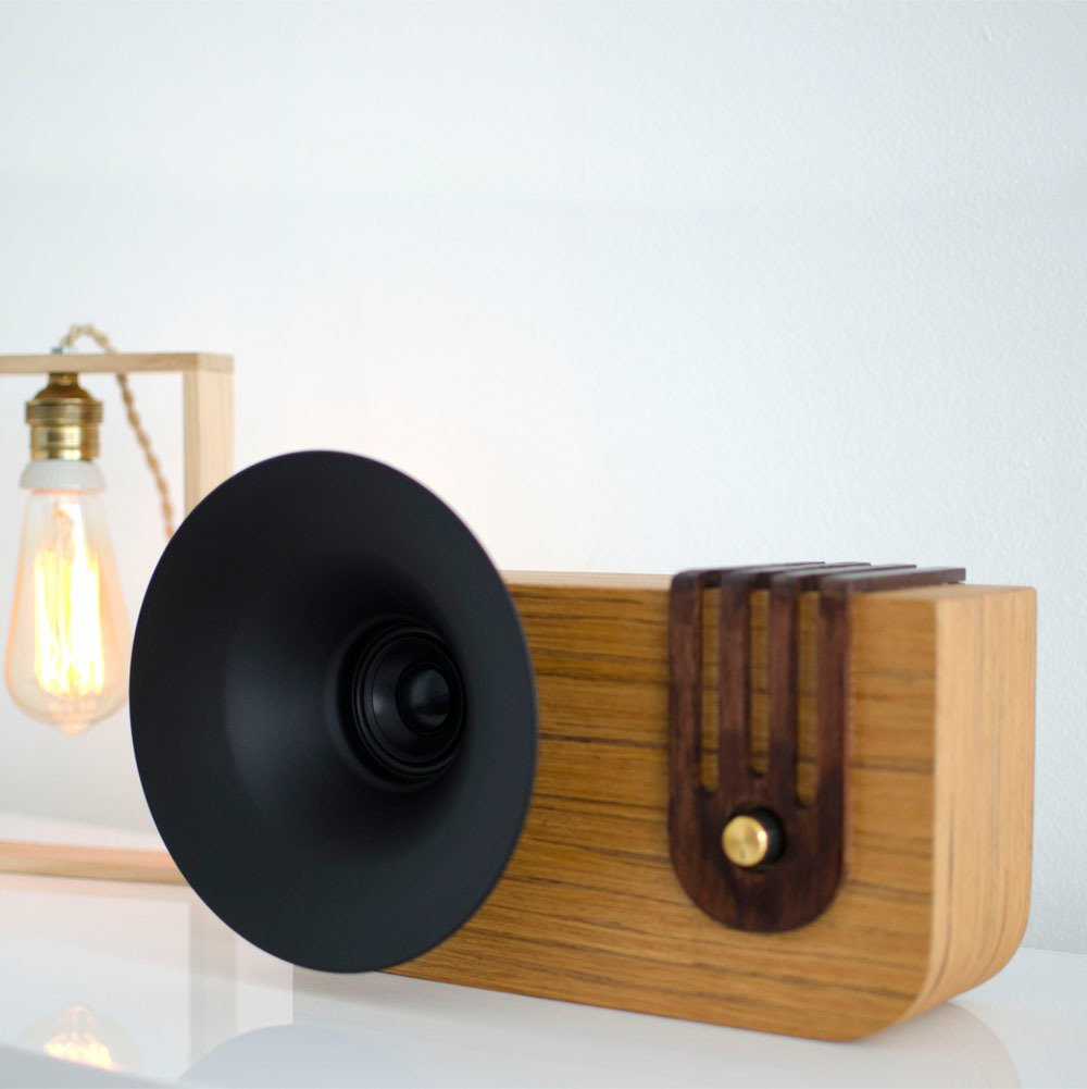 Photo 1 of 4 in The Bluetooth Sound Machine · Edison