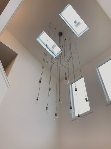 22' dining room ceiling with 11 bulb spider light.. Photo 2 of Sylvan Summit Modern Duplex modern home