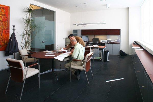 Pavisa - Work+ Photo 17 of Pavisa modern home