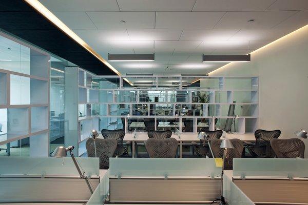Fusión Corporativa  - Work+ Photo 15 of Fusión Corporativa modern home