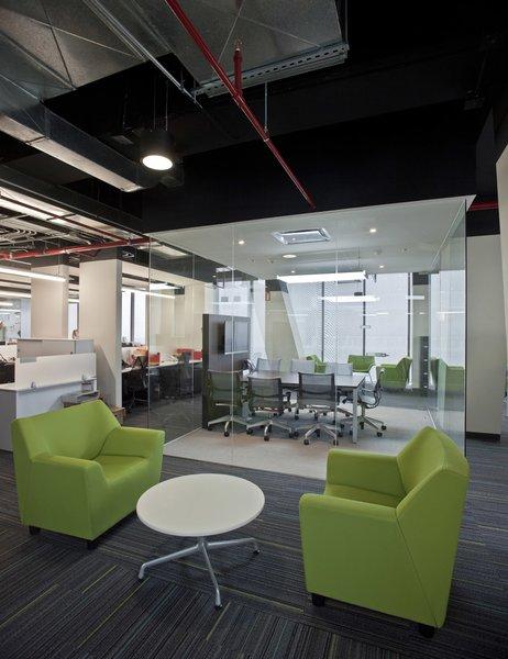 Corporativo UVM - Unitec - Work+ Photo 12 of Corporativo UVM - Unitec modern home
