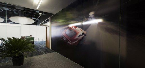 Corporativo Jaguar Land - Rover - Work+ Photo 6 of Corporativo Jaguar Land - Rover modern home