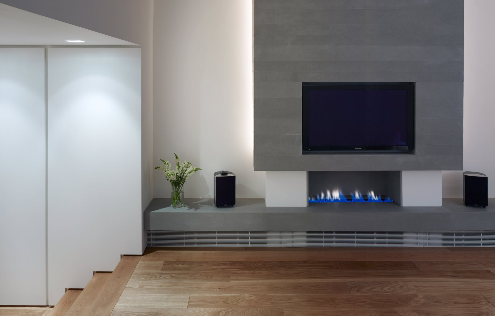 Tagged: Living Room and Standard Layout Fireplace.  Elm Grove by Thompson + Baroni