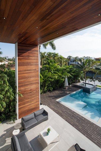 Photo 4 of 475 Golden Beach modern home