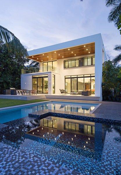 Photo 14 of 475 Golden Beach modern home