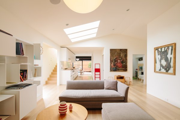 #livingRoom   Photo 4 of Bay Street Residence modern home