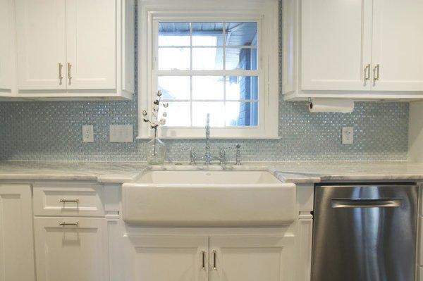 Photo 10 of South Carolina Residence: Milk Glass Backsplash modern home