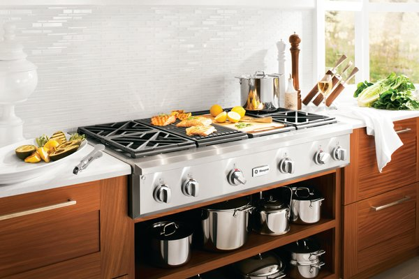 Photo  of GE White Kitchen modern home