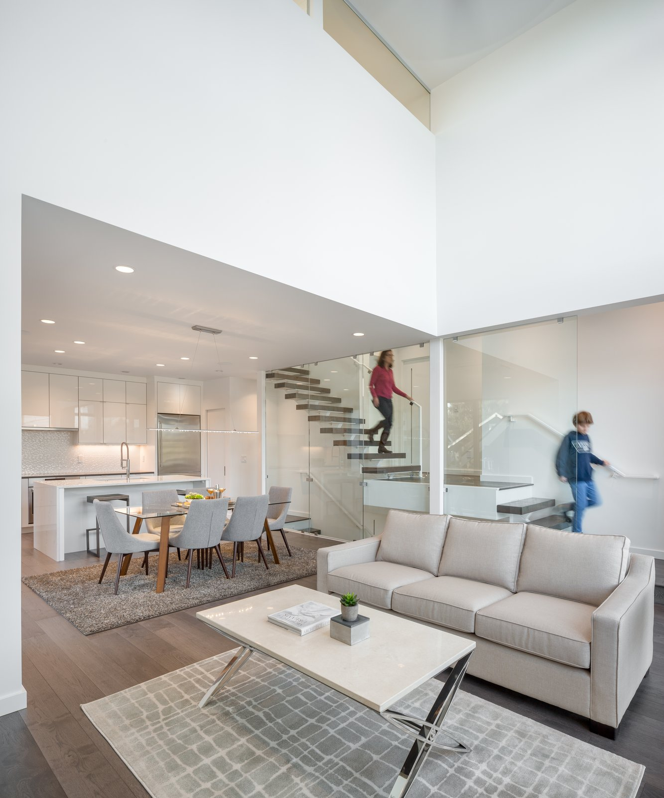 Open living space with 2-story volume
