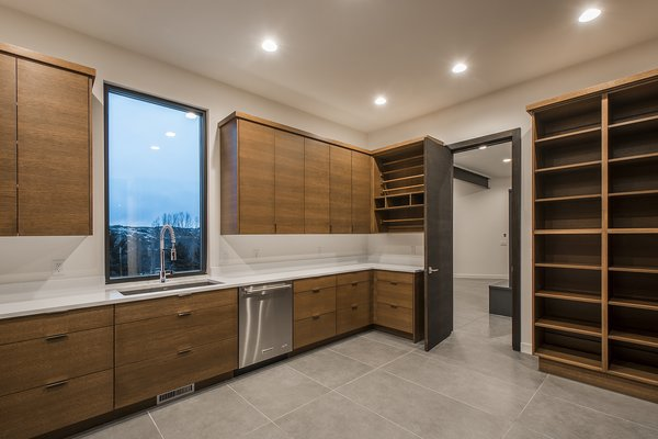 Photo  of Hidden Ridge Lane modern home
