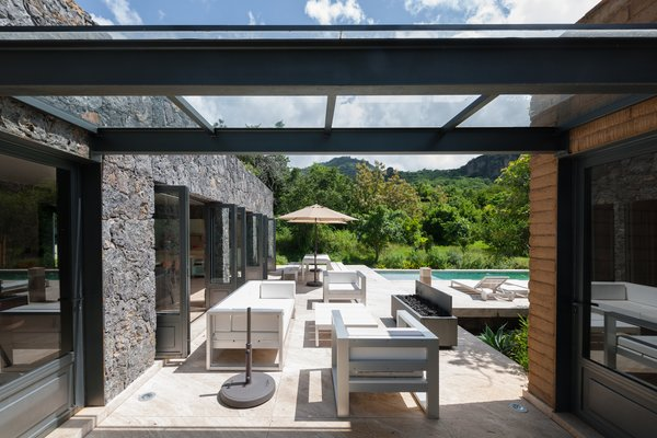 Photo 8 of MOZOQUILA HOUSE modern home
