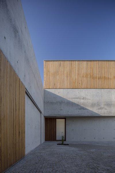 Photo 8 of House in Avanca modern home