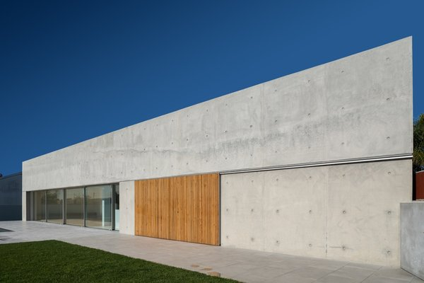 Photo 12 of House in Avanca modern home